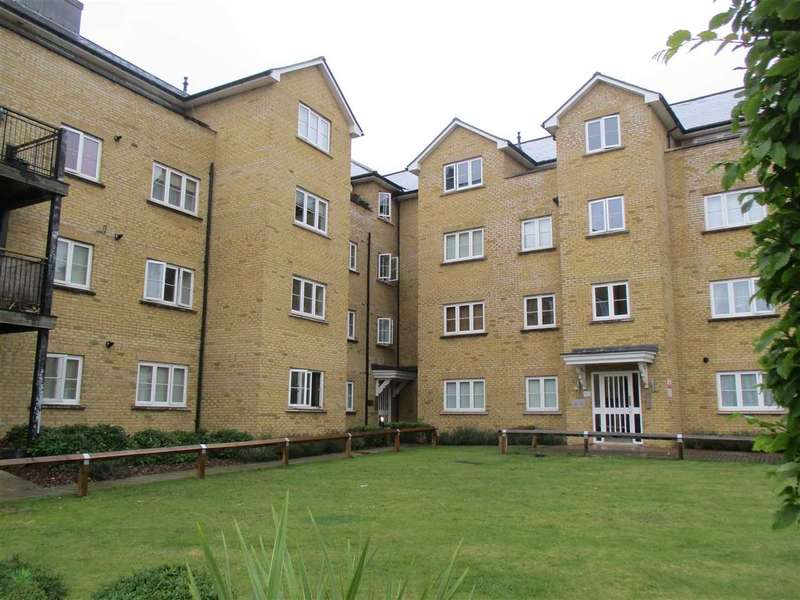 2 Bedrooms Apartment Flat for sale in Gilbert Court, Colchester