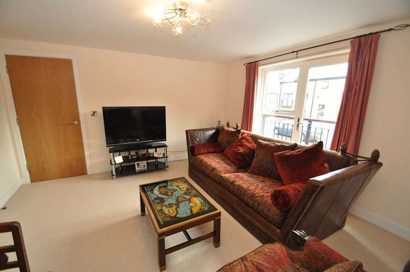 2 Bedrooms Ground Flat for sale in Limelock Court, Stone, ST15 8GX