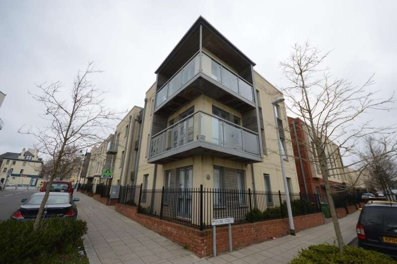 1 Bedroom Flat for sale in Wall Street, Plymouth, PL1