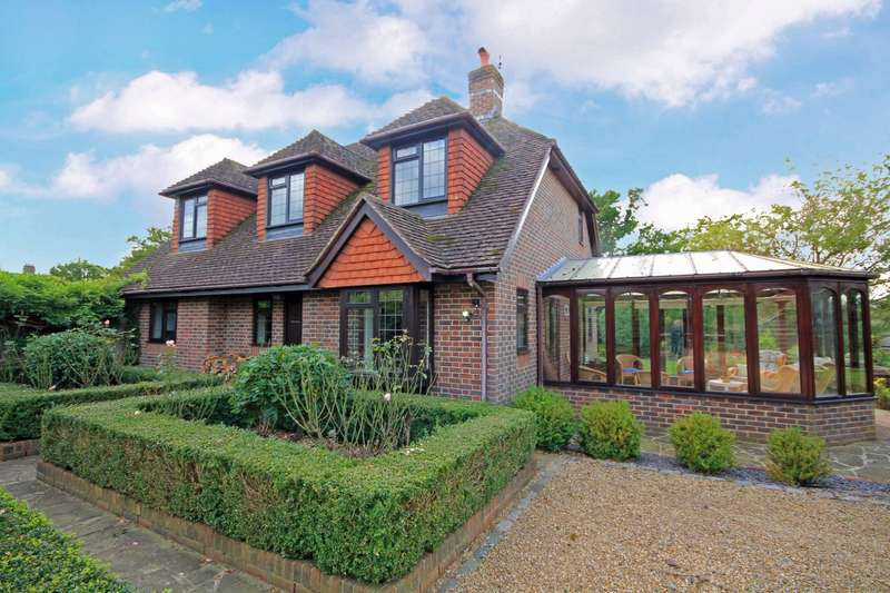 3 Bedrooms Detached House for sale in Blackgate Lane, Pulborough, RH20