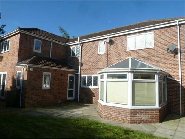 4 Bedrooms Detached House for sale in Orchard Close, Eggborough, Goole, North Yorkshire