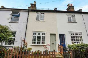 2 Bedrooms Terraced House for sale in Wharton Road, Bromley, Kent, United Kingdom