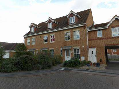 3 Bedrooms Terraced House for sale in Marshall Close, Thorpe Astley, Braunstone, Leicester