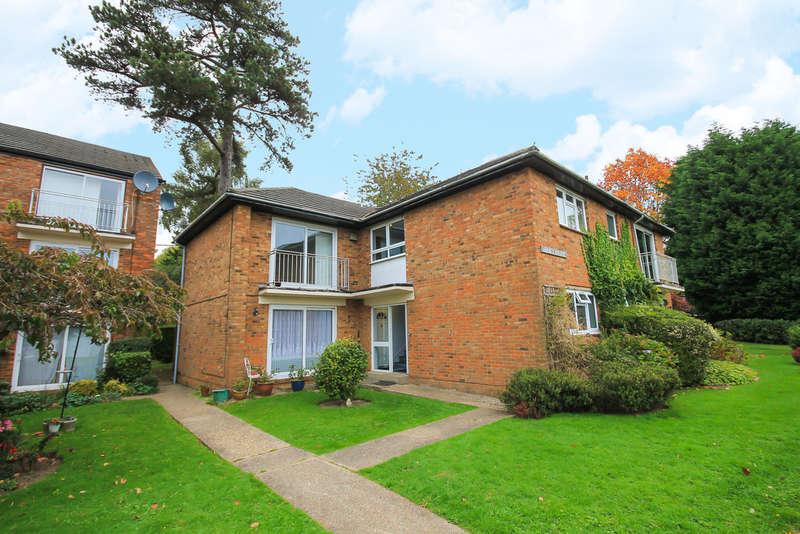 1 Bedroom Flat for sale in Newlands Crescent, East Grinstead