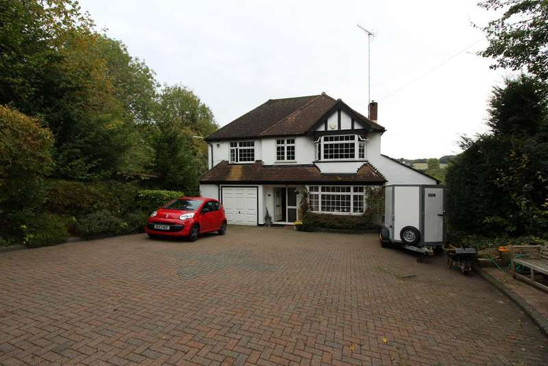 4 Bedrooms Detached House for sale in Old Hill, Green Street Green, Orpington, Kent, BR6 6BN