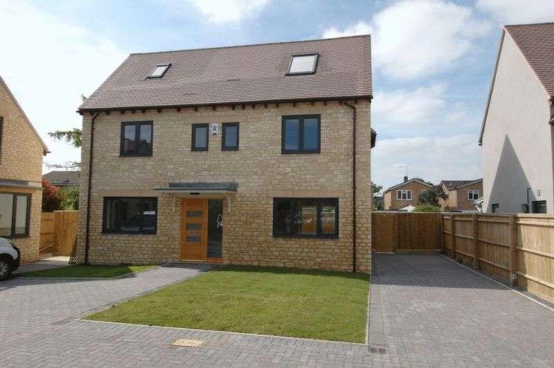 4 Bedrooms Property for sale in Warland Gardens, Kidlington