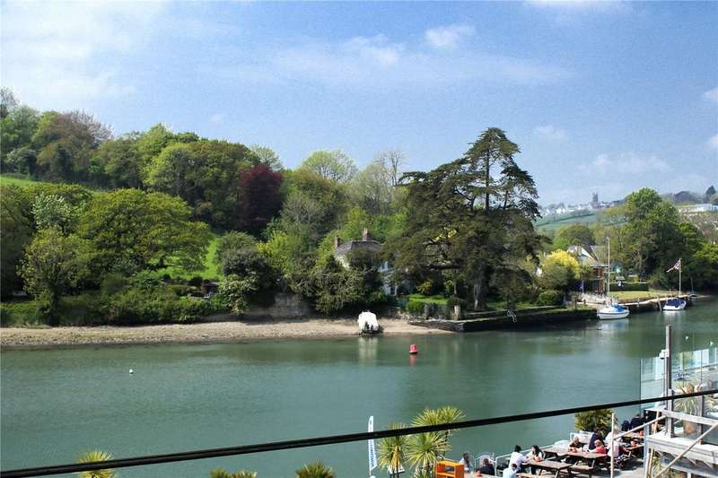 4 Bedrooms Apartment Flat for sale in Crabshell Heights, Embankment Road, Kingsbridge, Devon, TQ7