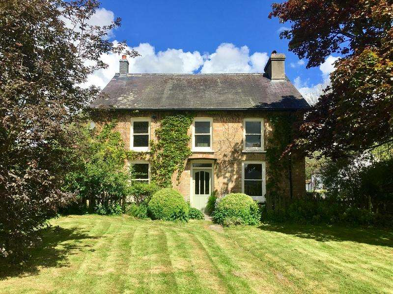 Detached House for sale in Cilycwm, Llandovery, Carmarthenshire.