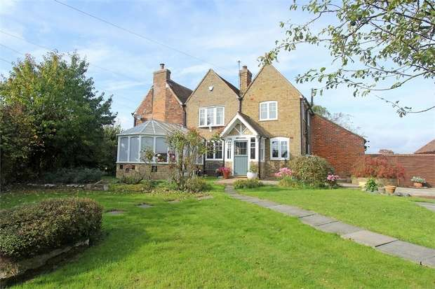 3 Bedrooms Semi Detached House for sale in Lower Road, Tonge, Sittingbourne, Kent