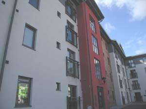 2 Bedrooms Flat for sale in Fishermans Way, Maritime Quarter, Swansea