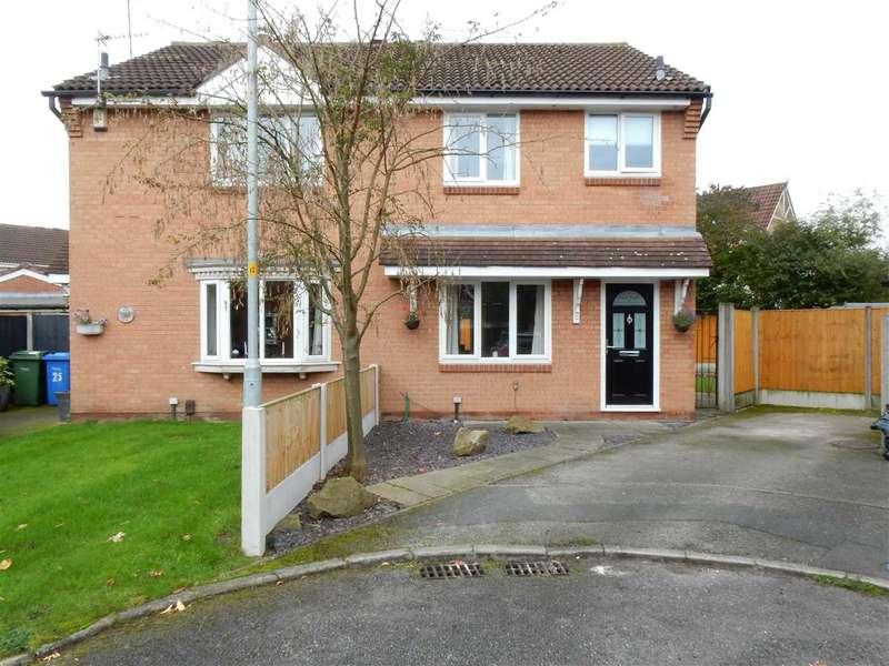 3 Bedrooms Semi Detached House for sale in Riverside Close, Warrington