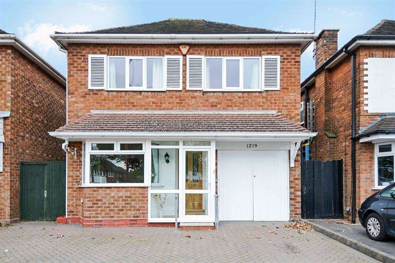 3 Bedrooms Detached House for sale in Bristol Road South, Northfield, Birmingham
