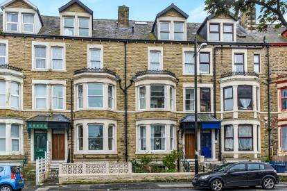 3 Bedrooms Flat for sale in West End Road, Morecambe, Lancashire, United Kingdom, LA4