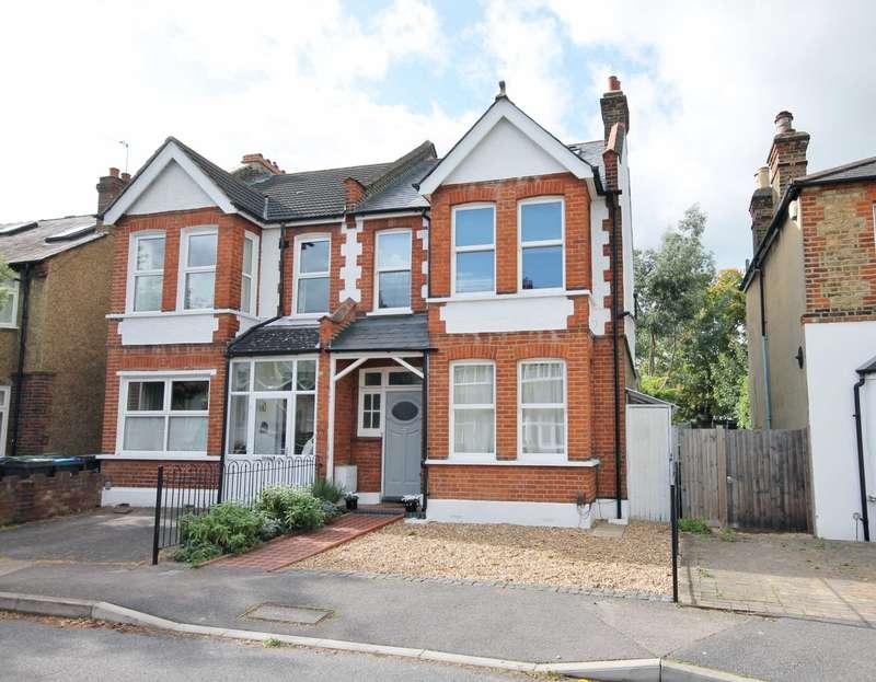 4 Bedrooms Semi Detached House for sale in Poplar Grove, New Malden