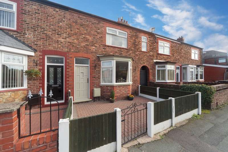 2 Bedrooms Terraced House for sale in Poachers Lane, Latchford