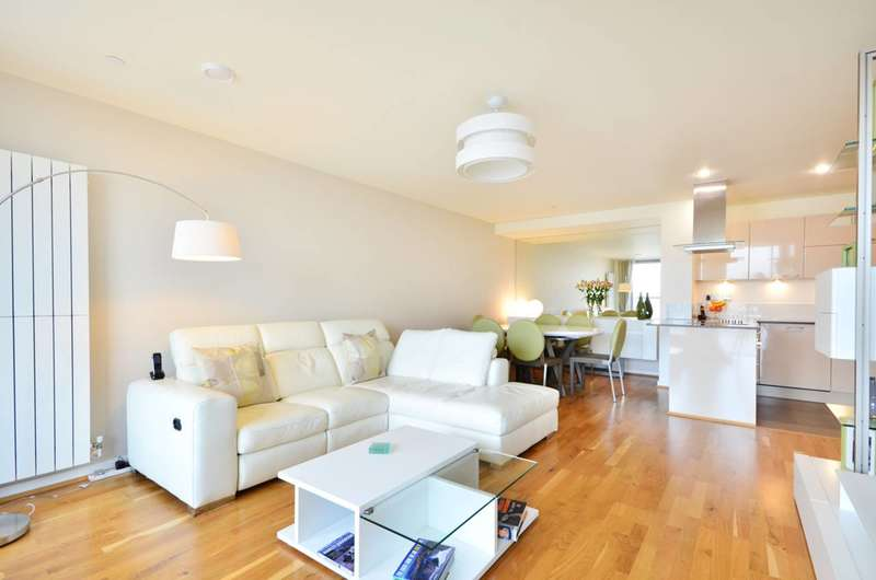 3 Bedrooms Flat for sale in Laban Walk, Deptford, SE8