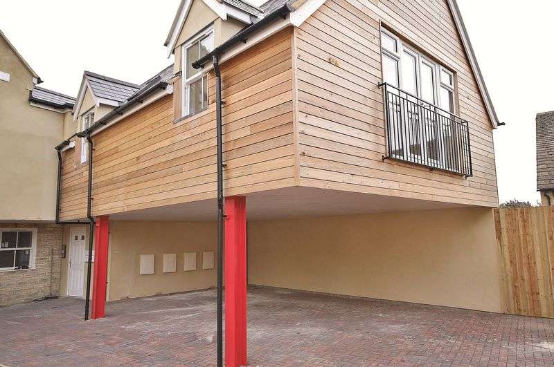 1 Bedroom Property for sale in 2a The Crofts, Witney