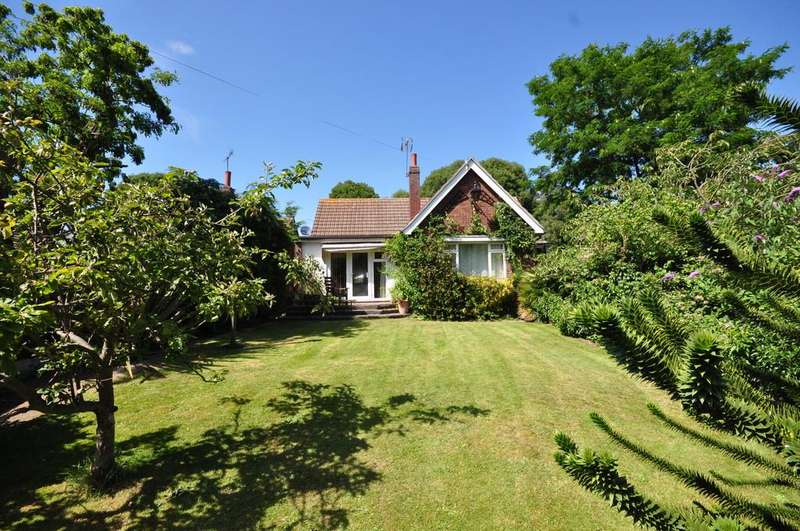 3 Bedrooms Chalet House for sale in Bourne Road, Colchester, CO2 8RS