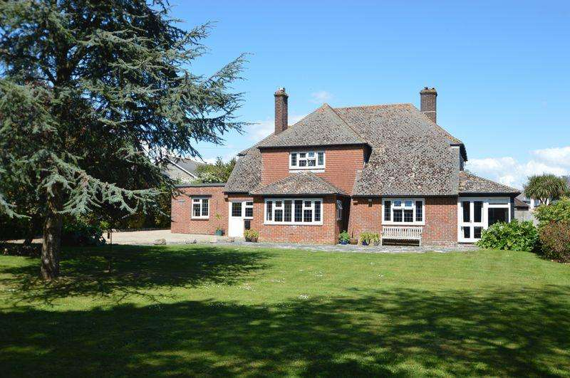 5 Bedrooms Detached House for sale in ELMFIELD, RYDE