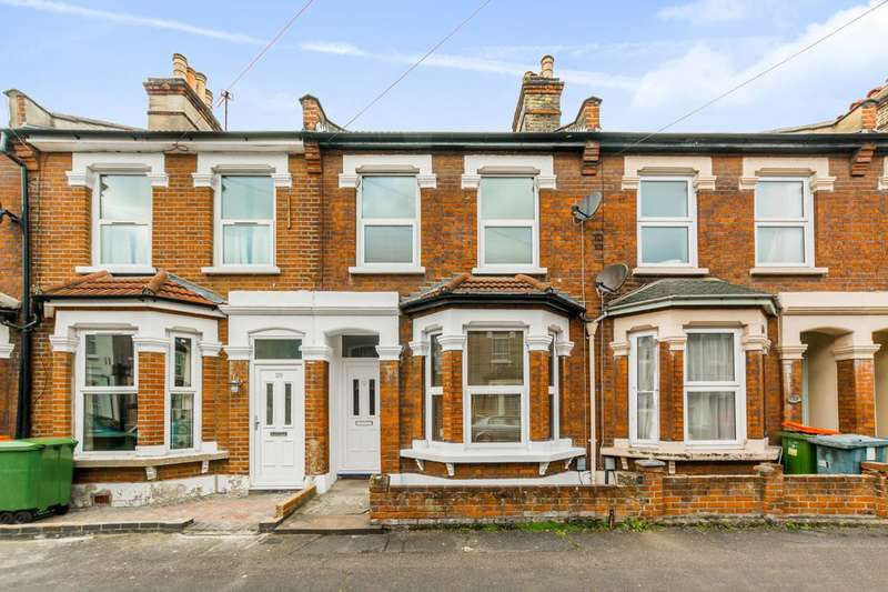 2 Bedrooms House for sale in York Road, Forest Gate, E7