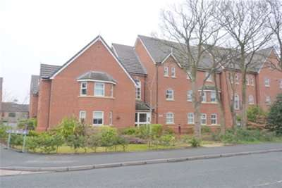 2 Bedrooms Flat for rent in Bethany Court, Moss Hill, Spital