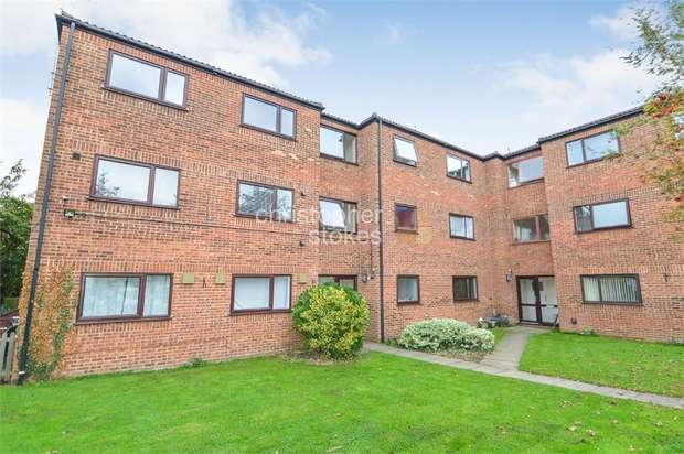 1 Bedroom Flat for sale in High Road, BROXBOURNE, Hertfordshire