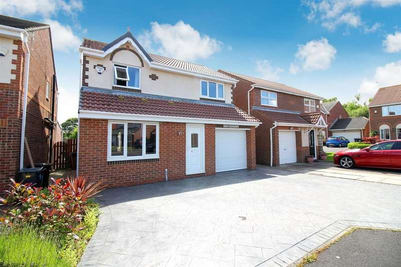 3 Bedrooms Detached House for sale in Monks Wood, North Shields