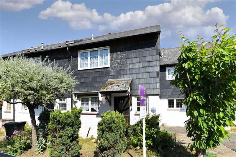 3 Bedrooms Terraced House for sale in Middle Lane, Epsom, Surrey