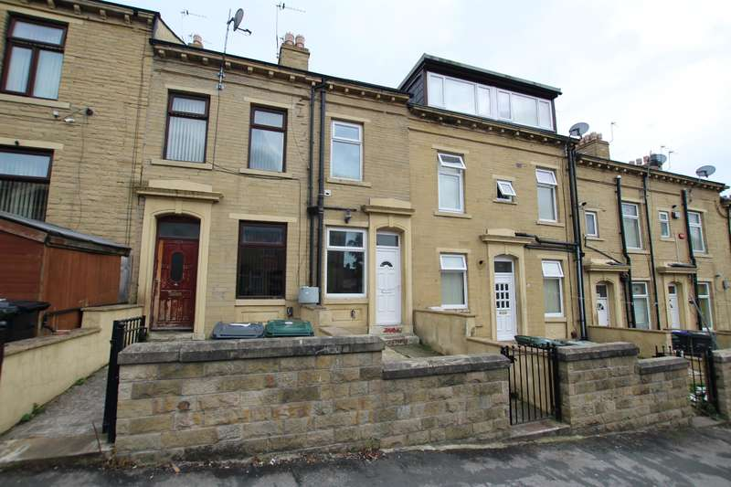 4 Bedrooms Terraced House for sale in Girlington Road, Bradford, BD8 9PA