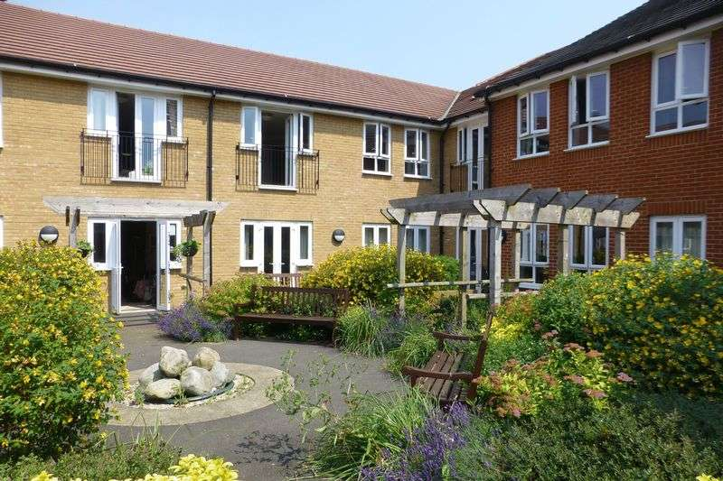 1 Bedroom Property for sale in Coach House Mews, Bicester