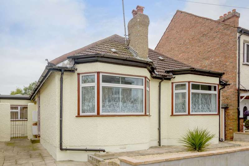 4 Bedrooms House for sale in Birkbeck Road, Enfield Town, EN2