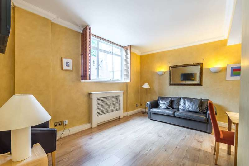 1 Bedroom Flat for sale in Onslow Square, South Kensington, SW7