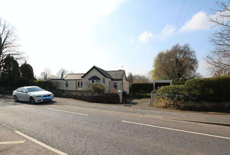 3 Bedrooms Detached Bungalow for sale in Chester Road, Childer Thornton