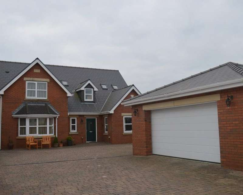 4 Bedrooms Detached House for sale in Chapel Road, Three Crosses, Swansea, SA4