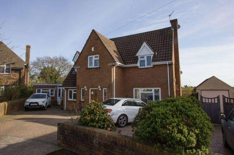 4 Bedrooms Detached House for sale in Cherwell Road, Penarth