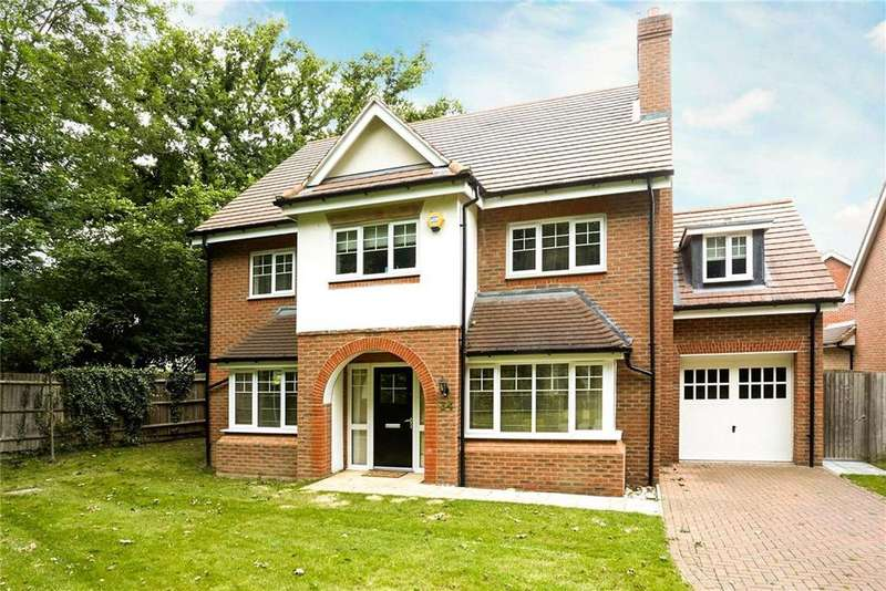 5 Bedrooms Detached House for sale in Hengest Avenue, Hinchley Wood, Surrey, KT10