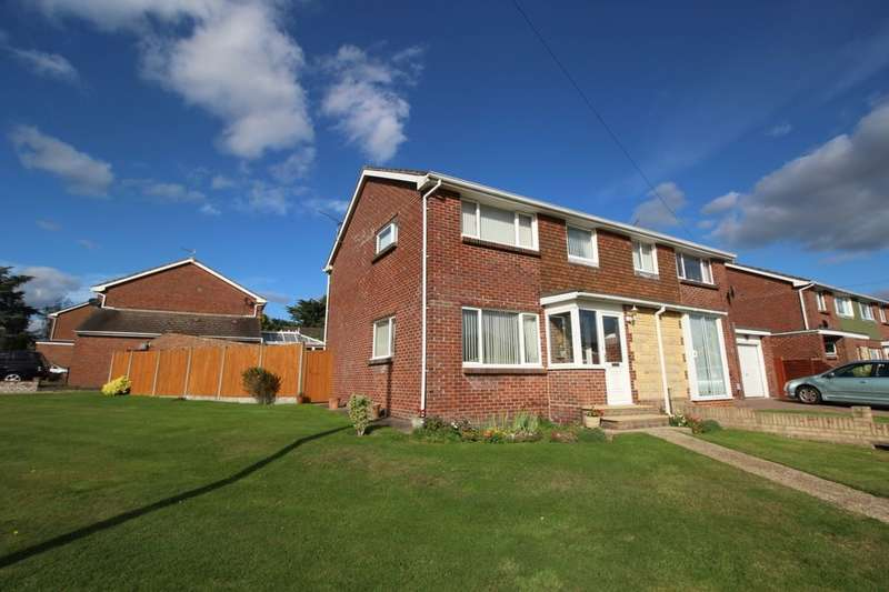 3 Bedrooms Semi Detached House for sale in Yoells Crescent, Waterlooville, PO8