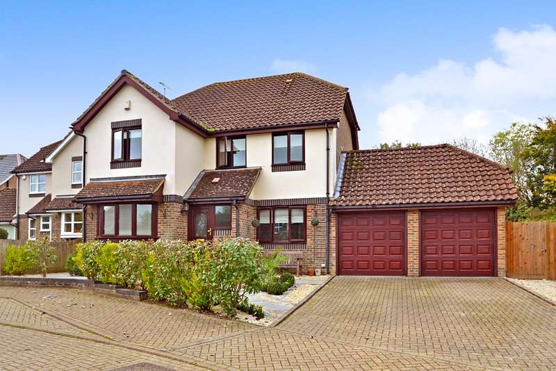 4 Bedrooms Detached House for sale in Shottermill, Horsham, West Sussex, RH12