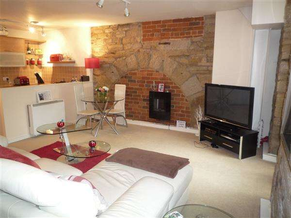 1 Bedroom Flat for sale in Parkwood Mills, Longwood, Huddersfield