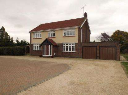 4 Bedrooms Detached House for sale in Little Clacton, Clacton-On-Sea, Essex