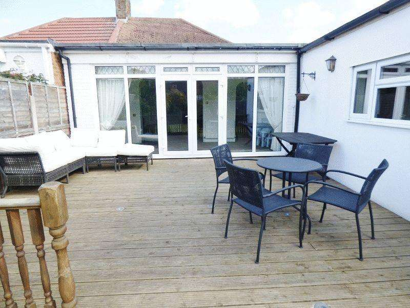 4 Bedrooms Semi Detached Bungalow for sale in SUTTON