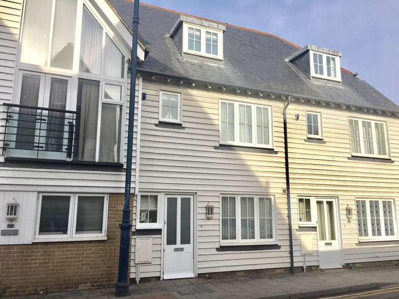 3 Bedrooms Terraced House for sale in Brownings Yard, Whitstable, CT5