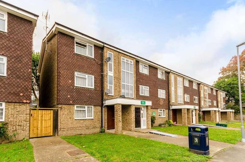1 Bedroom Flat for sale in Howard Road, Surbiton, KT5