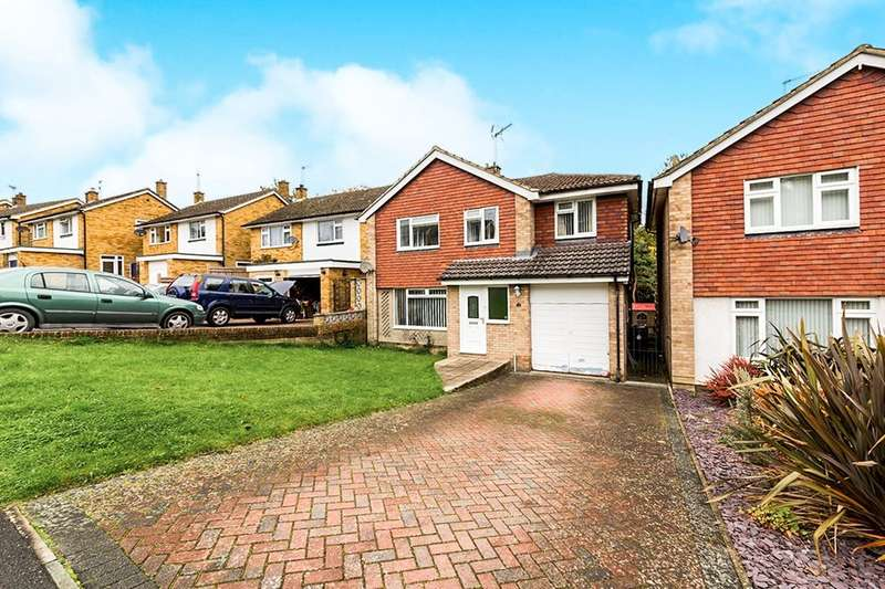 5 Bedrooms Detached House for sale in St. Richards Road, Crowborough, TN6