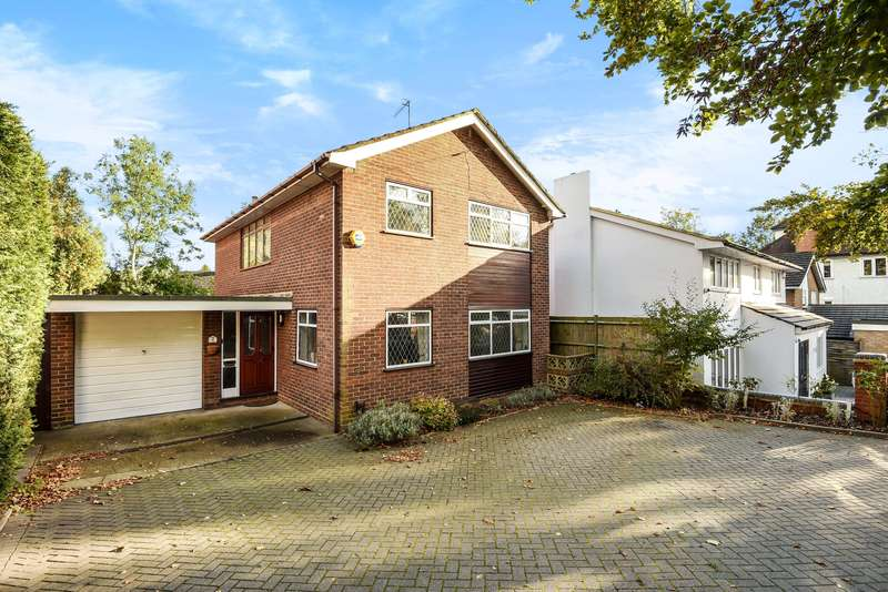 4 Bedrooms Detached House for sale in Watford Road, Northwood