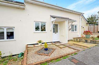 1 Bedroom Terraced House for sale in Probus, Truro, Cornwall