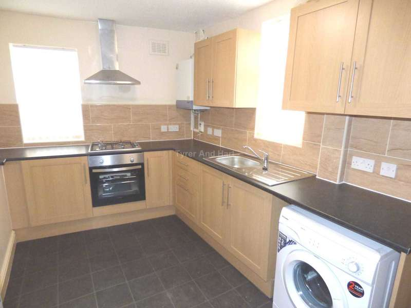 5 Bedrooms House Share for rent in Molyneux Road, Liverpool