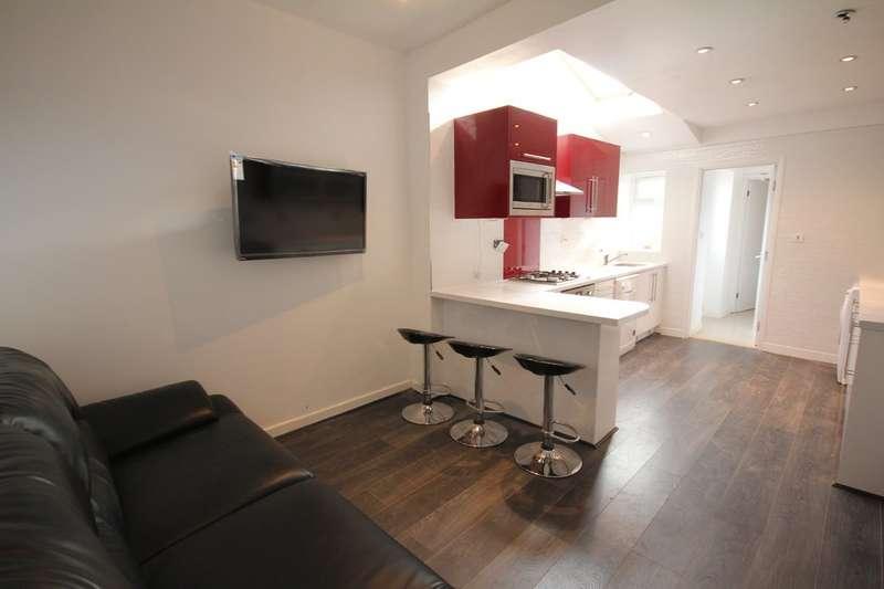 5 Bedrooms Terraced House for rent in Harborne Park Road, Harborne, B17