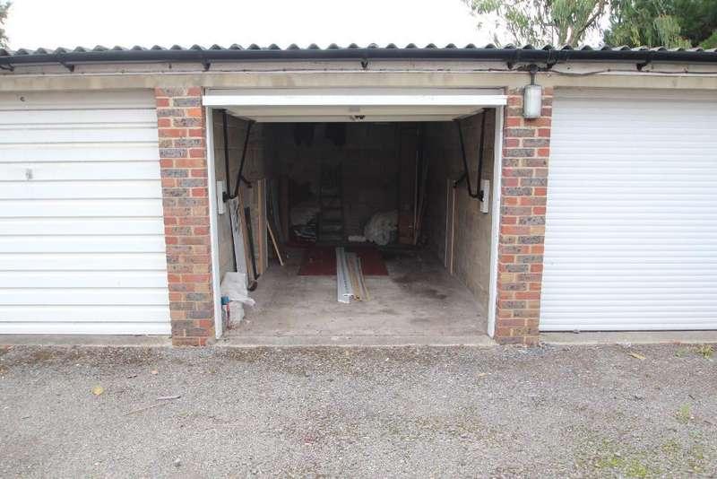 Garages Garage / Parking for sale in Rutland Court, Rutland Gardens, Hove, East Sussex, BN3 4AF