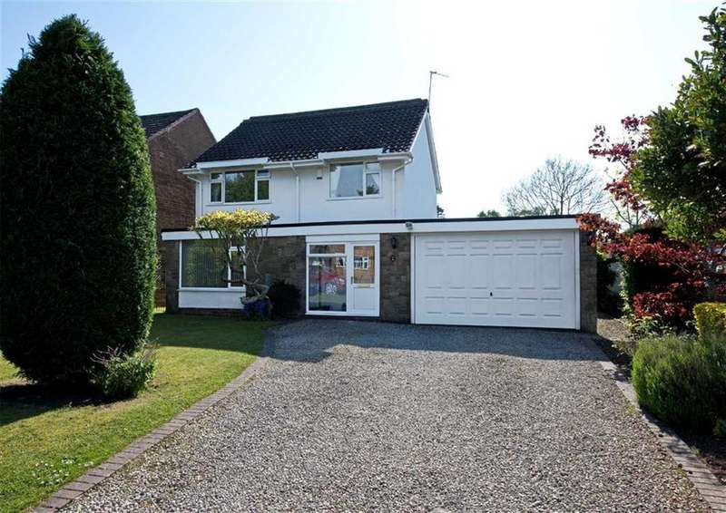 4 Bedrooms Detached House for sale in 24, Cranmere Avenue, Tettenhall, Wolverhampton, West Midlands, WV6
